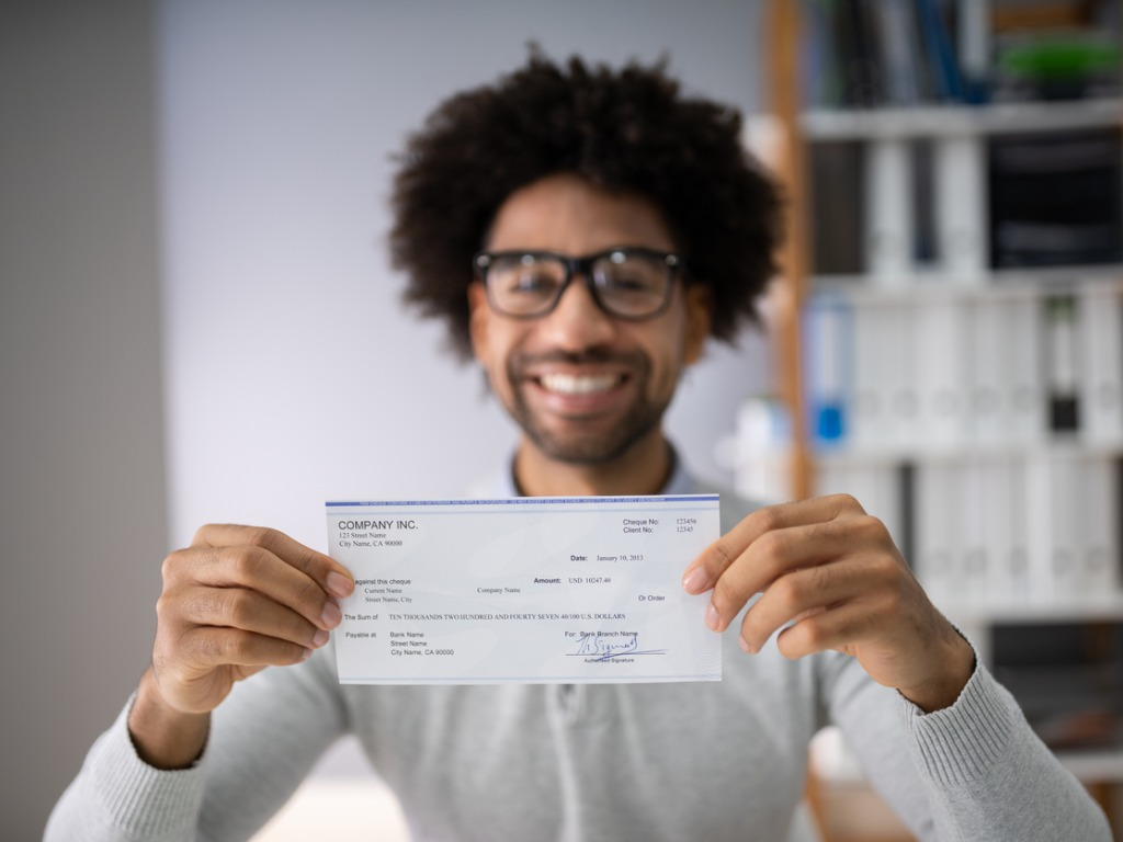 jobs-that-pay-$25-an-hour